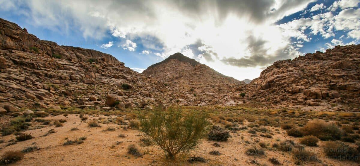 17 критериев для Библейской горы Синай